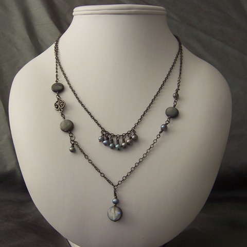 dawnos_gray_pearl_mop_gunmetal_necklace1