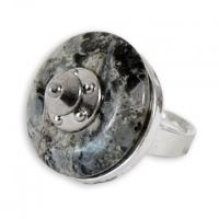 """Saxon Shield"" Ring"