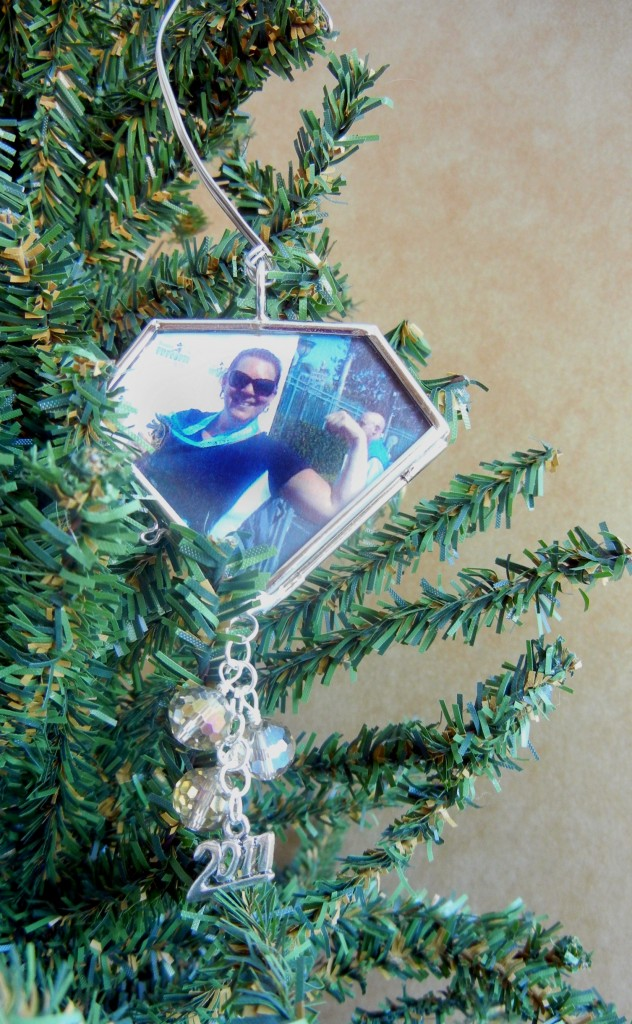champion-girl-framed-ornament