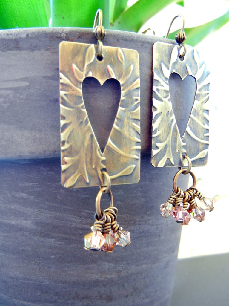 brass-heart-vintaj-earrings