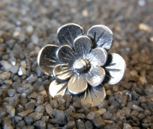 Sterling Flower Button