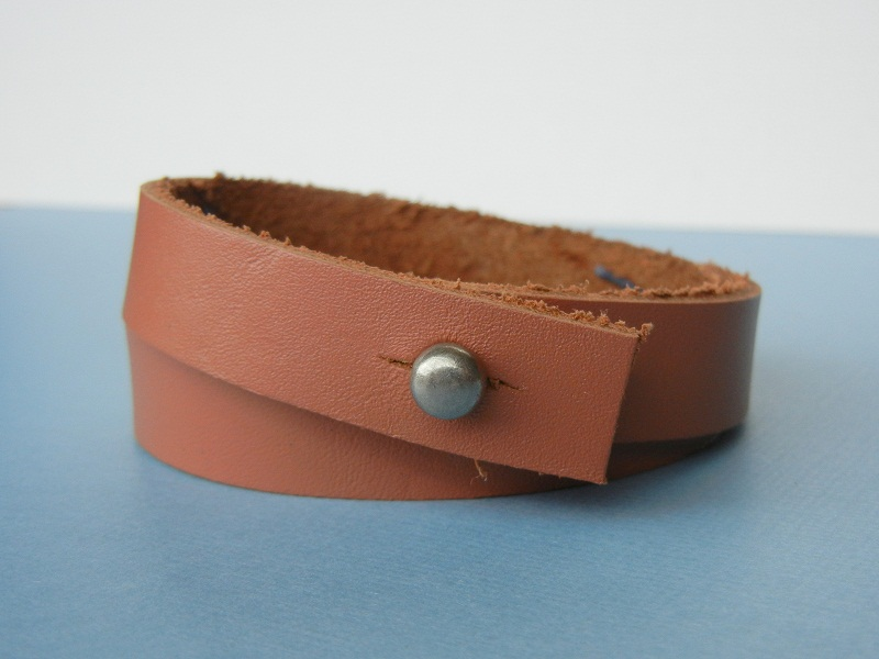 How to make a hitch style clasp for a DIY leather cuff bracelet.