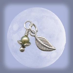 The falling leaf charm features a Swarovski pearl, a sterling silver leaf charm, and a sterling silver ball-end head pin (available at www.rings-things.com.)