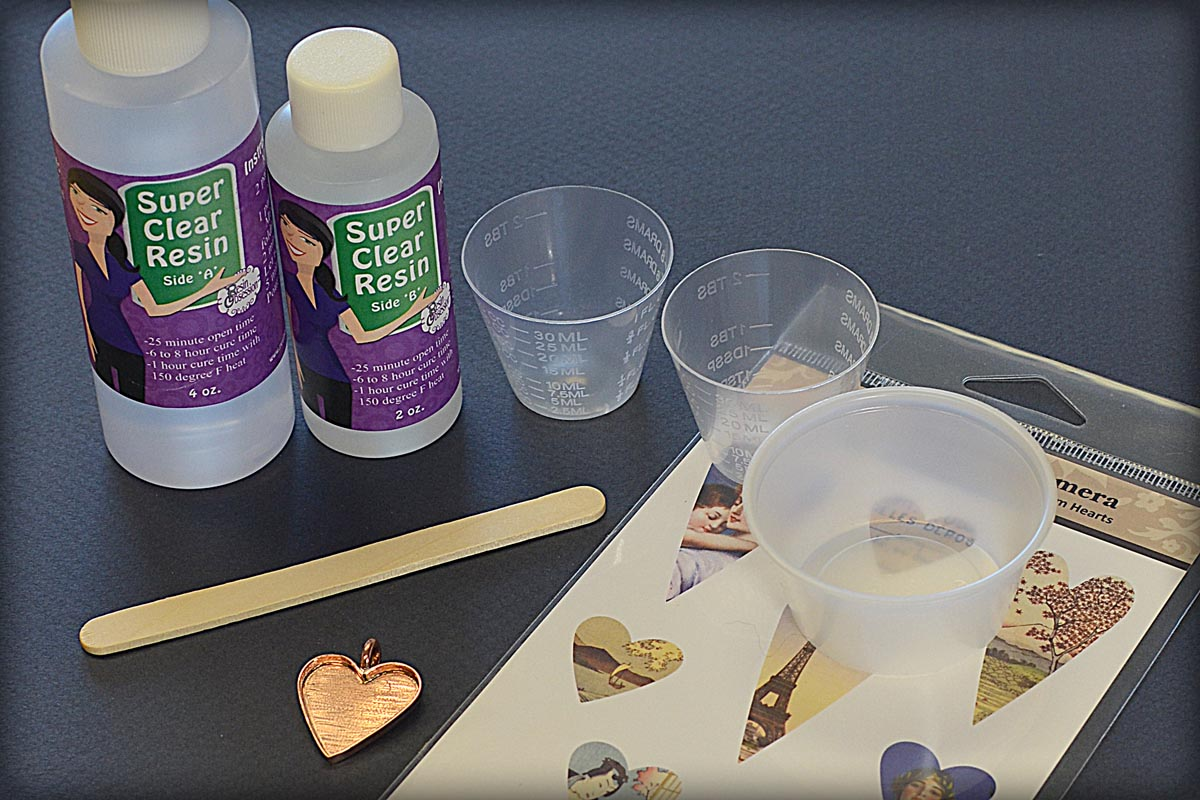 How to Make Resin Jewelry featuring Piddix Images and