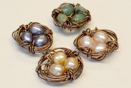 Finished: perfectly messy springtime wire-wrapped bird's nests!