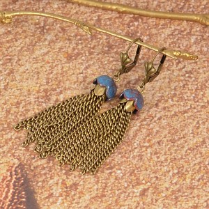 How to Make Capped Sea Jellies Tassel Earrings