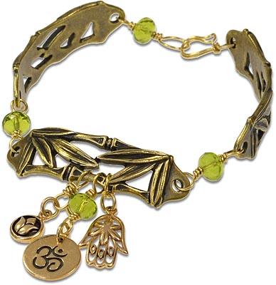 Free DIY jewelry-making charm bracelet, Golden Zen Linked Bracelet.