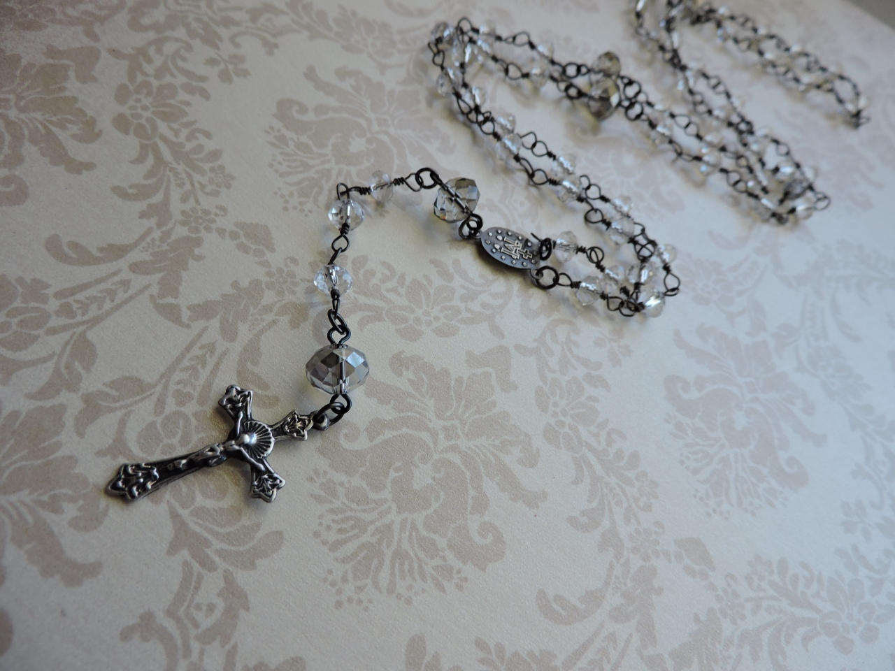 Use Beaded Chain To Make A Classic Rosary Rings And Things