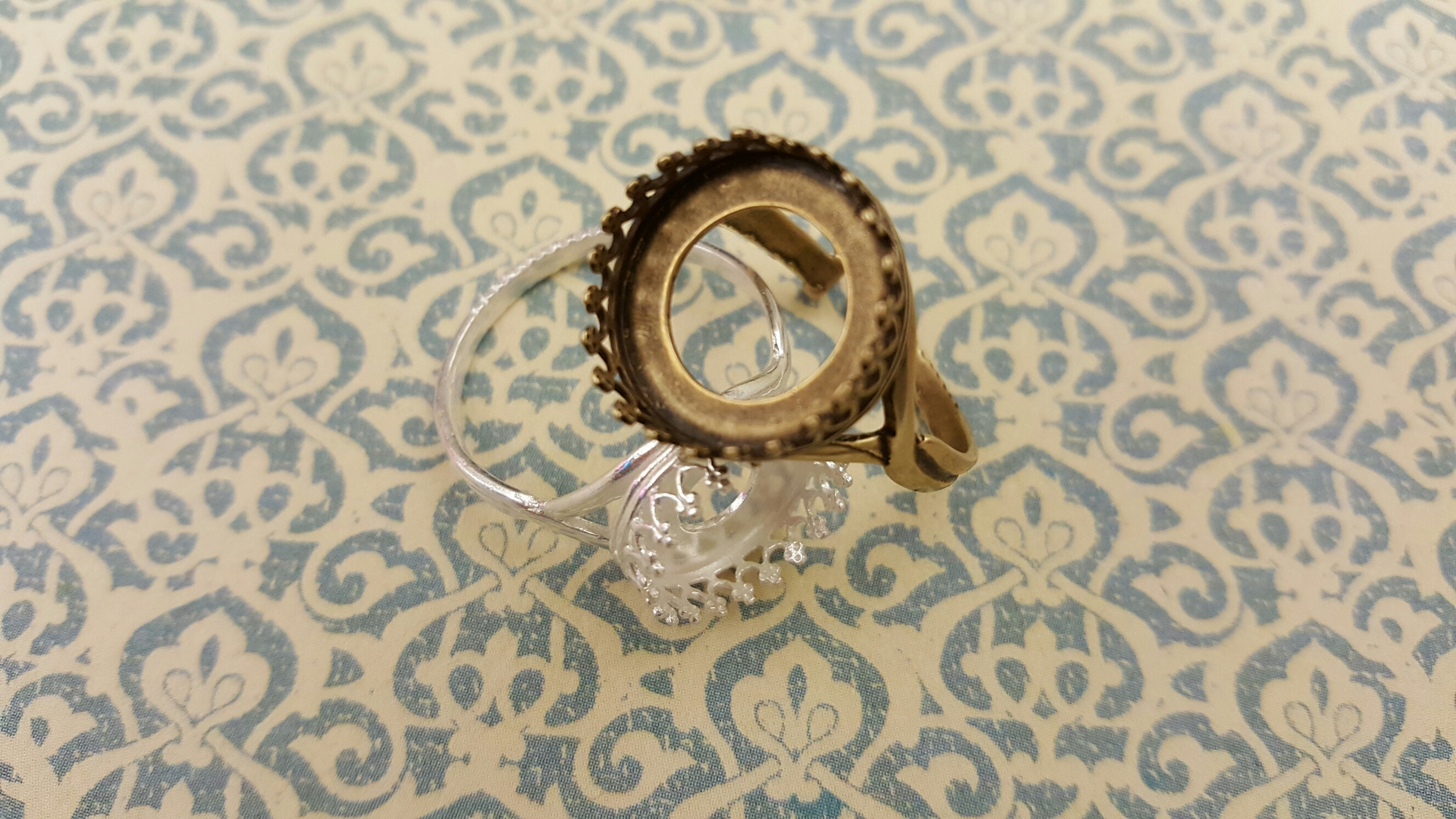 Crown Bezel Ring Setting