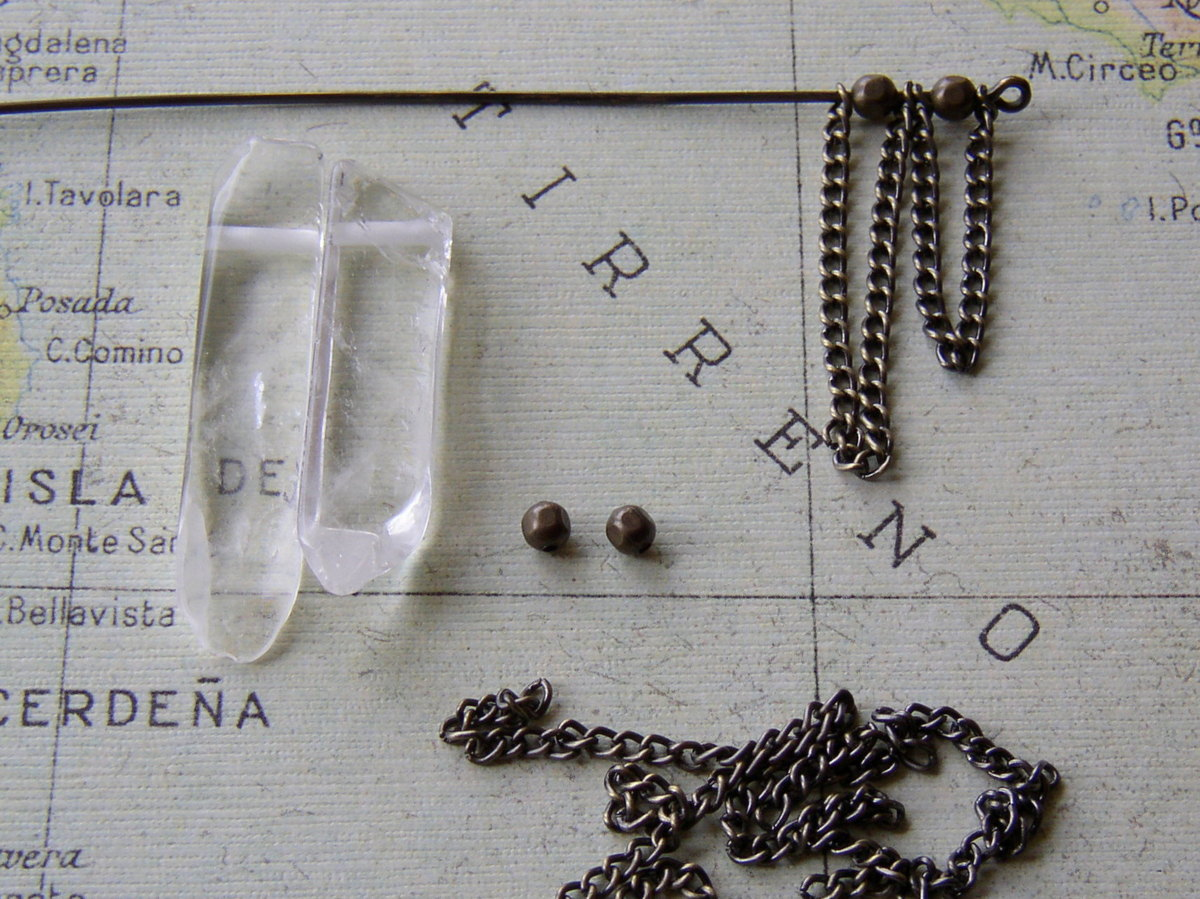 How to make a antiqued brass gemstone necklace.