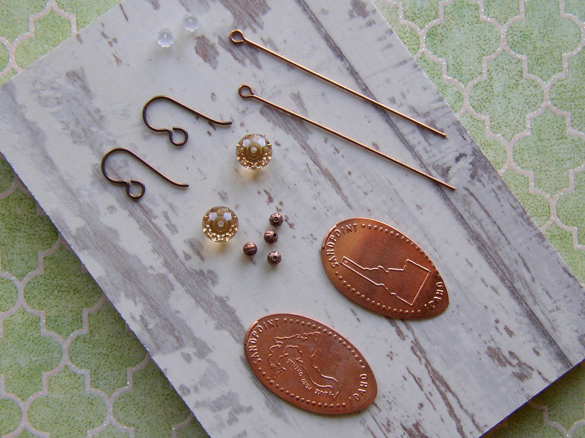 Souvenir Pressed Penny Earrings made with suppies from www.rings-things.com