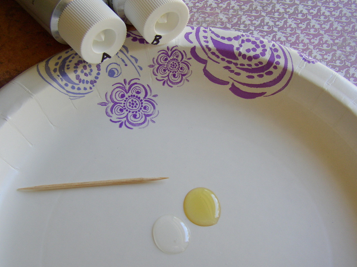 How to use jewelry glue- two part epoxy from Rings & Things.