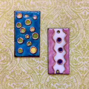torch-fired enamel class taught by melanie lieb featuring thompson enamel rings-things.com